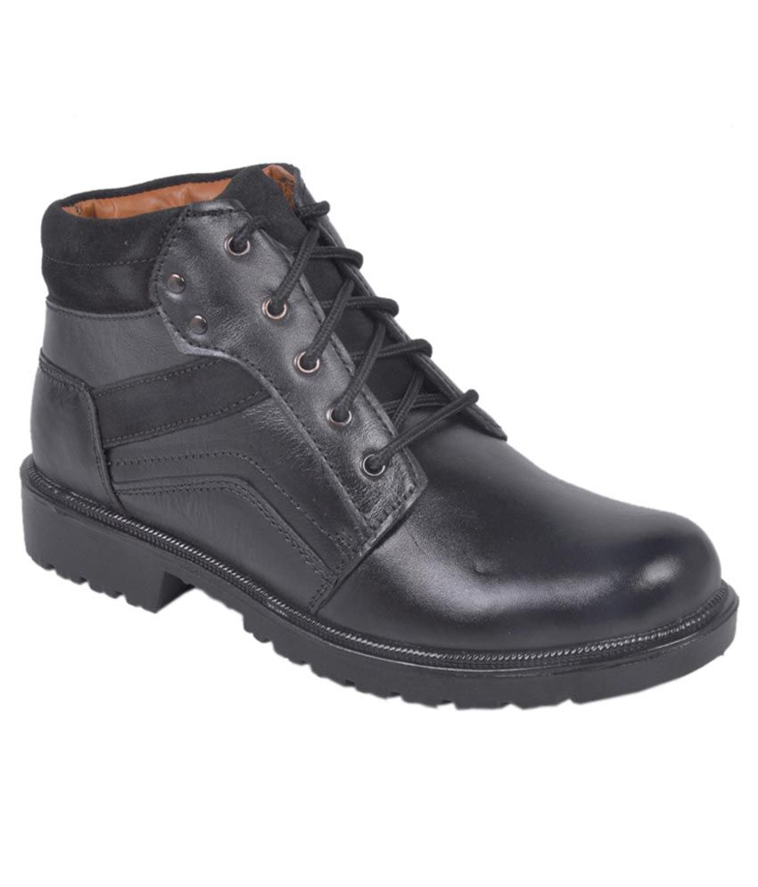 Pipo Black Boots