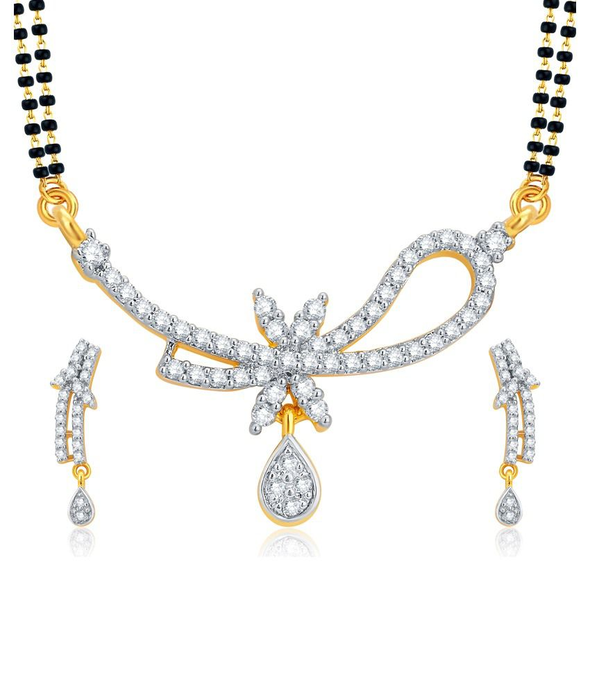 Sukkhi Golden Alloy Mangalsutra Set