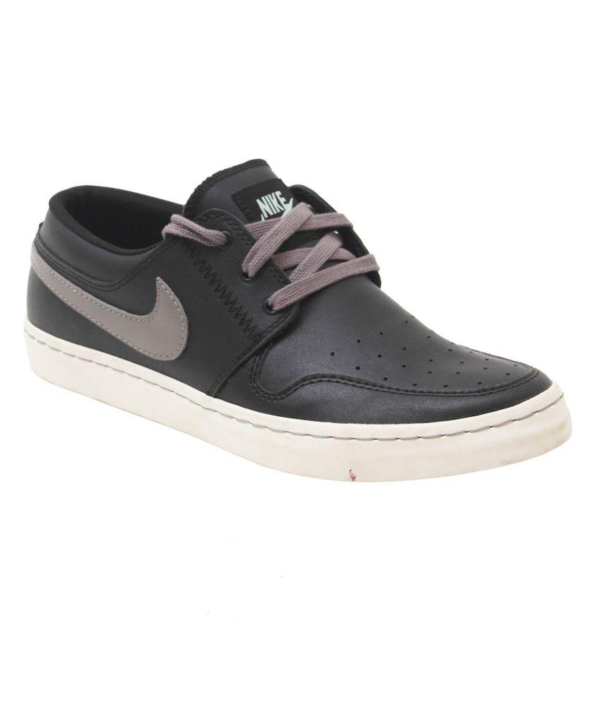 Nike Wardour Low Black Casual Shoes