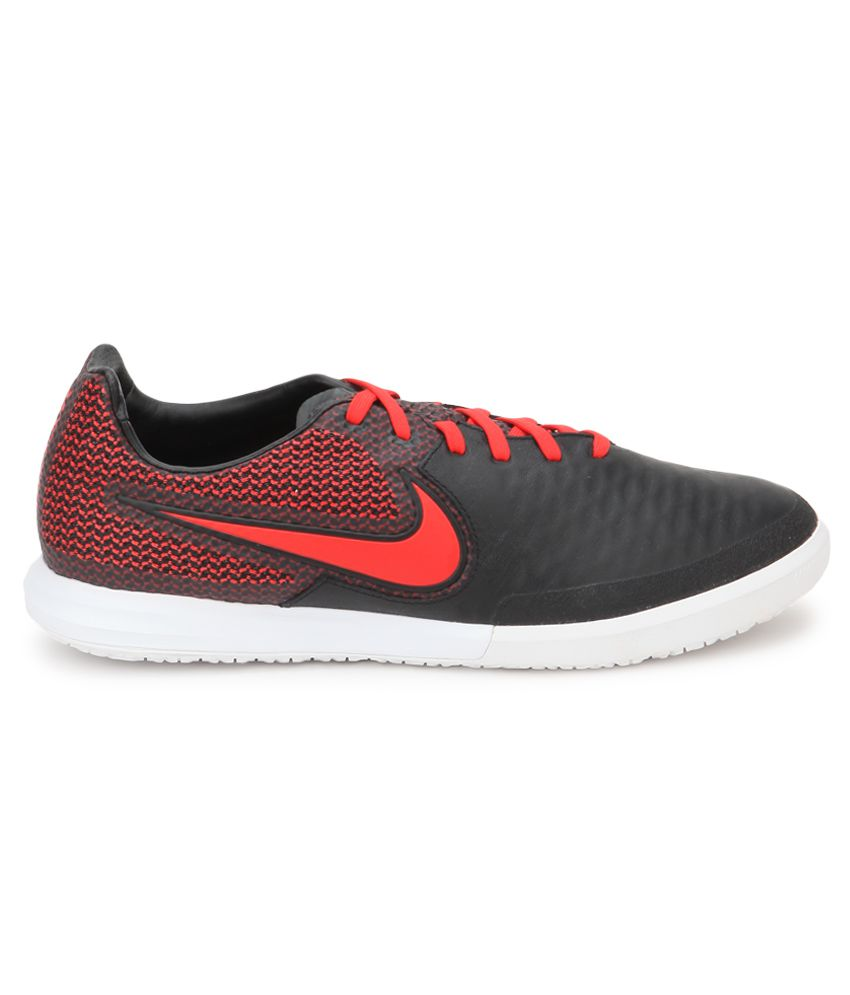 7e4e418a1e9d Nike Magistax Finale Ic Black Sport Shoes - Buy Nike Magistax Finale Ic  Black Sport Shoes Online at Best Prices in India on Snapdeal