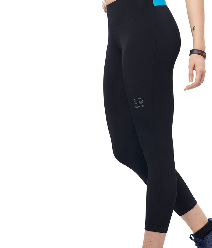 Restless Black & Blue Stretchable Sports Calf Length Leggings