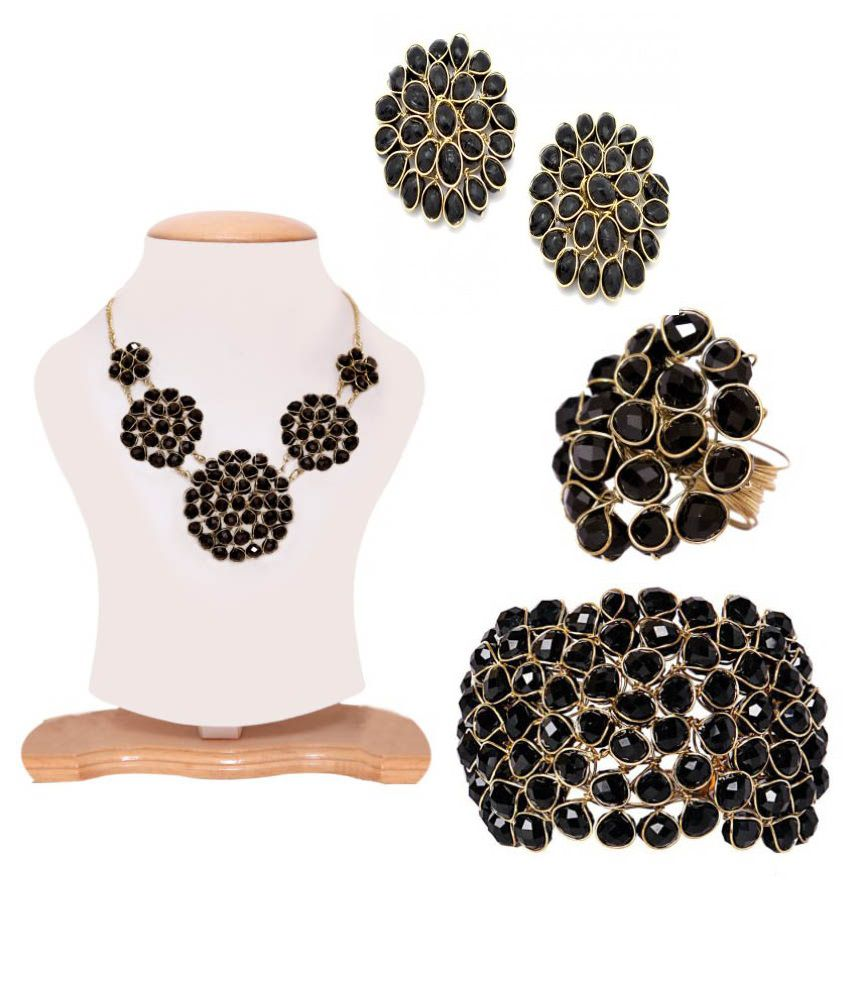 Shilpi Handicrafts Black Nacklace Set