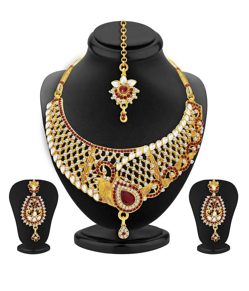 Sukkhi Golden Alloy Necklace Set With Maang Tika