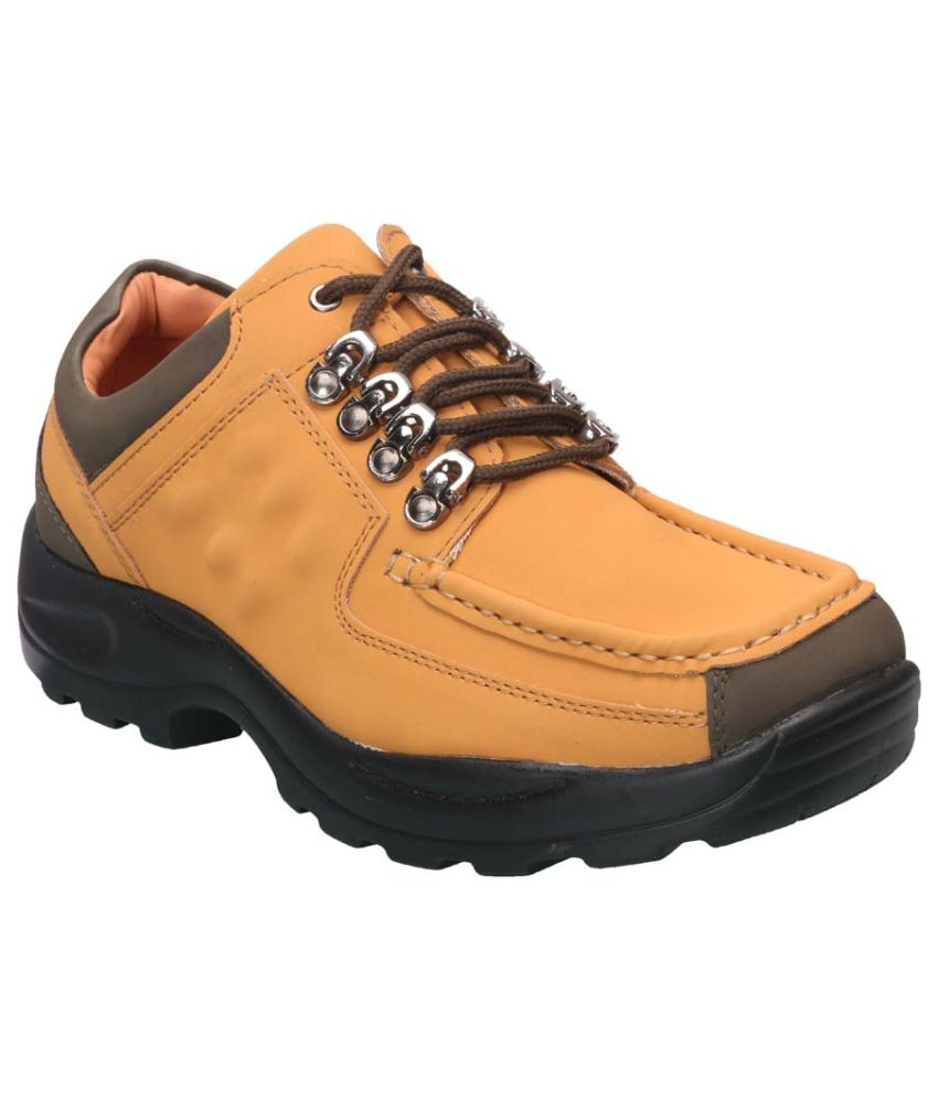 Action Shoes Beige Outdoor Shoes