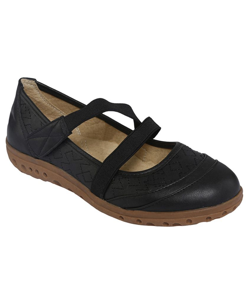 Cocoon Black Flat Slip-on & Sandal