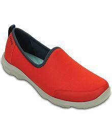 f7dec784d8ef3 Crocs Casual Shoes for Women  Buy Crocs Women s Casual Shoes Online ...