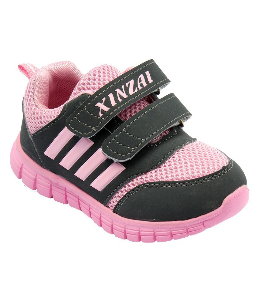 Shop baby girl shoes online at best price in India. Choose baby shoes for girls from wide range of options available at our online shopping store - Tata CLiQ.