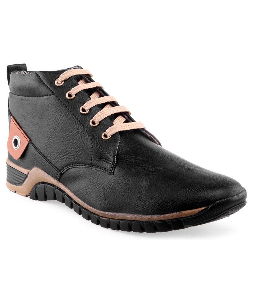 Recur Black Boots