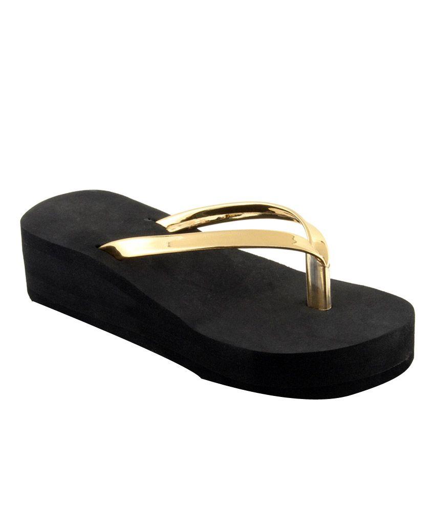 Sierra Club Gold Slippers & Flip Flops