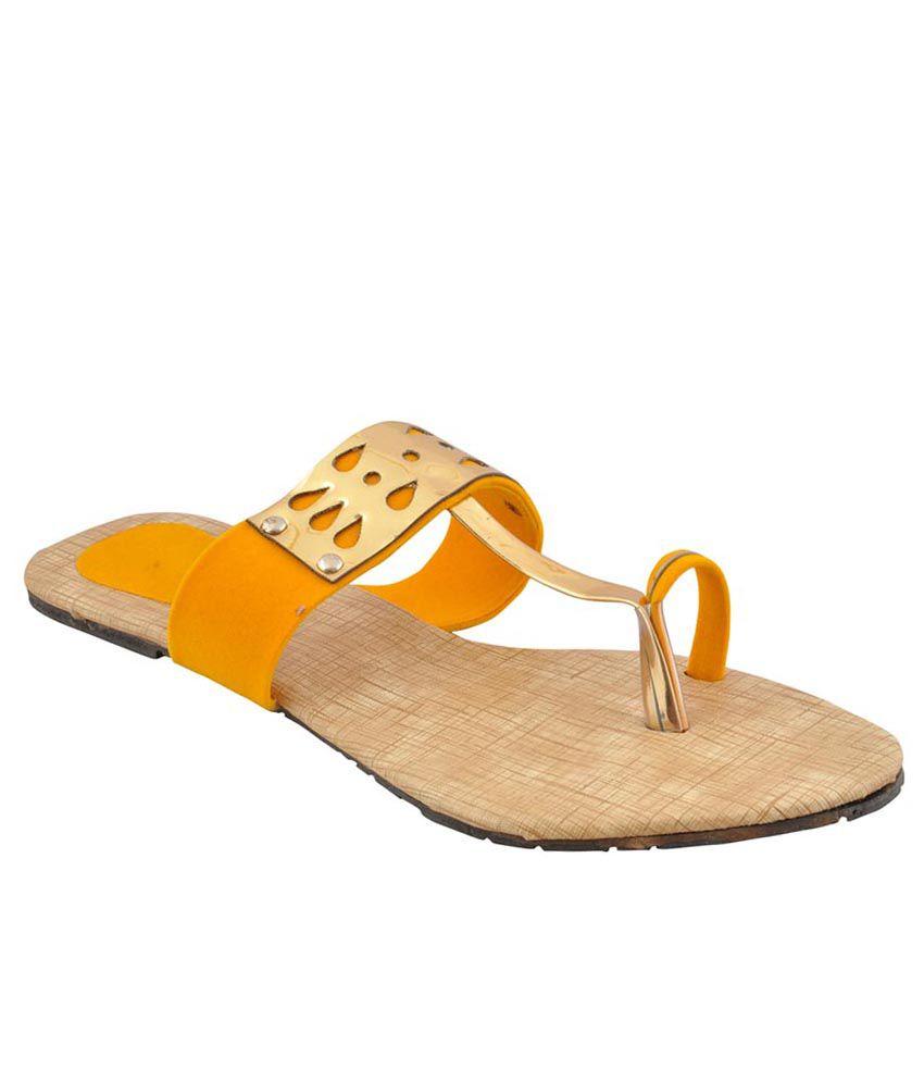 Bootwale Yellow Flat Slip-on & Sandal