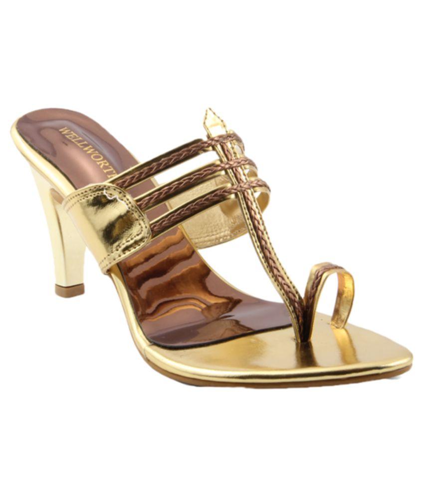 Wellworth Gold Ethnic Footwear