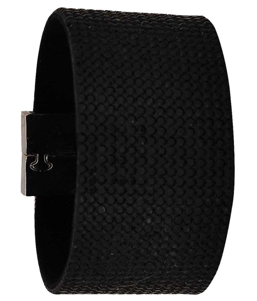 Maayra Black Adjustable Alloy Bracelet