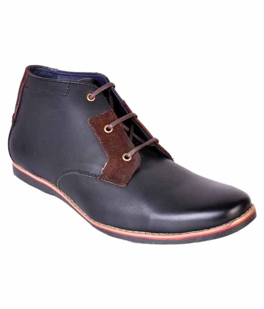 Urban Woods Black Boots