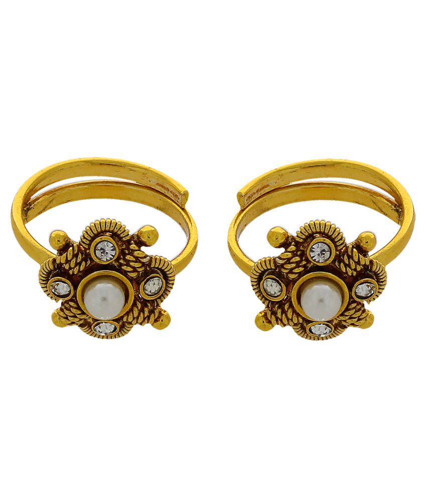 Anuradha Art Alloy Gold Plated Cubiz Zirconia Pair of Toe-Ring