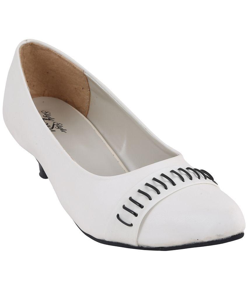 Style Buy Style White Kitten Heels