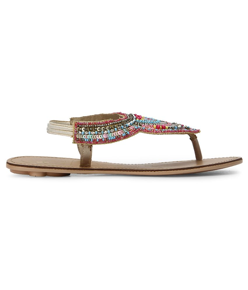 7ea33445299c Catwalk Multi Color Flat Sandals Price in India- Buy Catwalk Multi ...