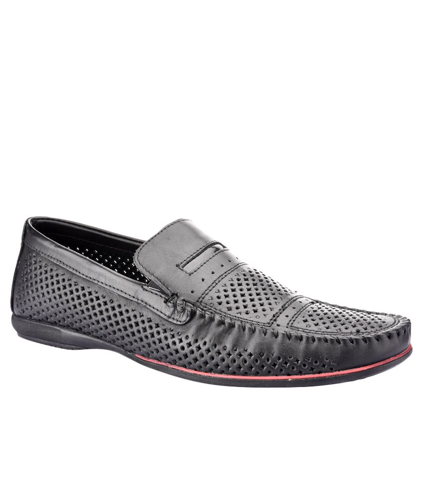 d6e6a962713 Red Tape RTS8271A Black Formal Shoes Price in India- Buy Red Tape RTS8271A  Black Formal Shoes Online at Snapdeal
