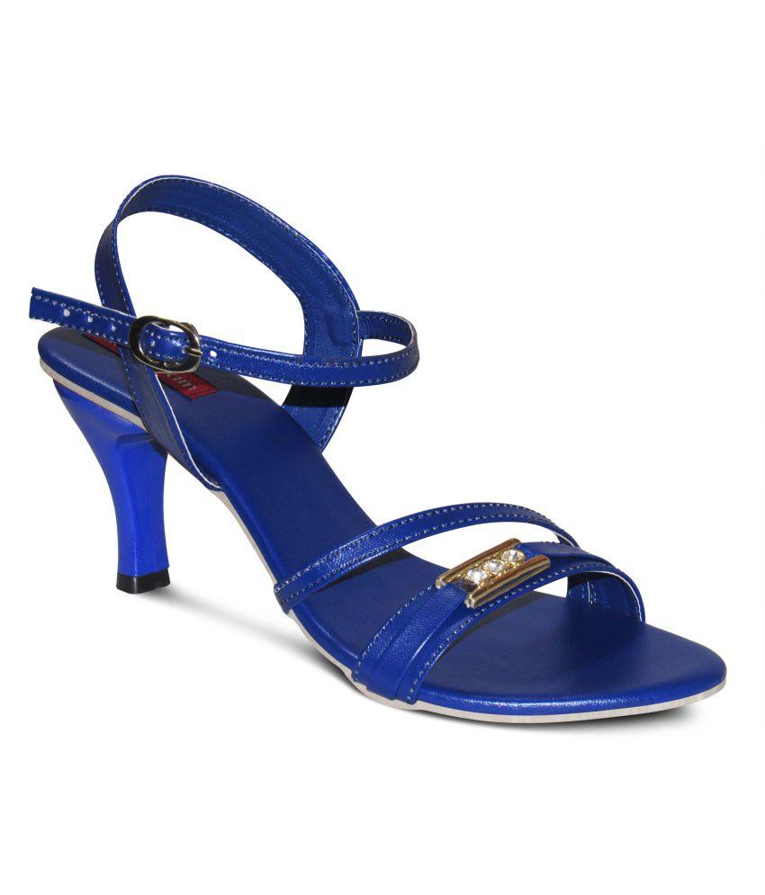 Zikrak Exim Blue Kitten Heels