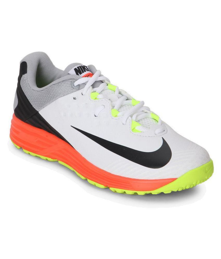 Nike White Cricket Shoes - Buy Nike White Cricket Shoes Online at Best Prices in India on Snapdeal