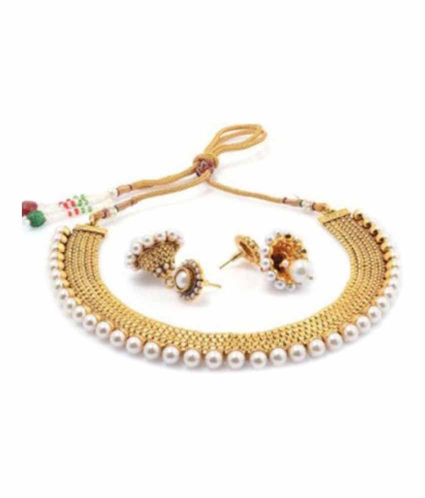 Zeneme Golden Necklace Set