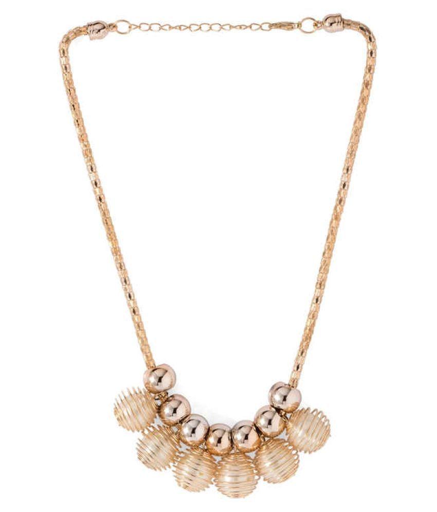 D&D Golden Necklace