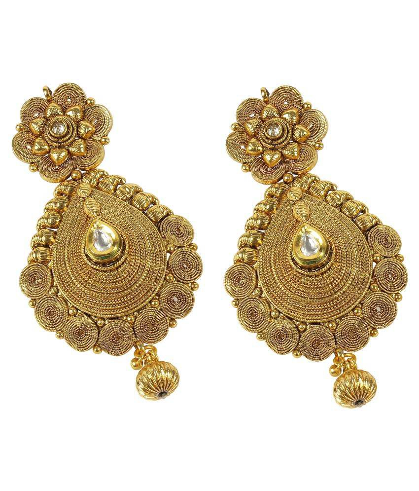 with classic fashion product silver eshaal golden earrings