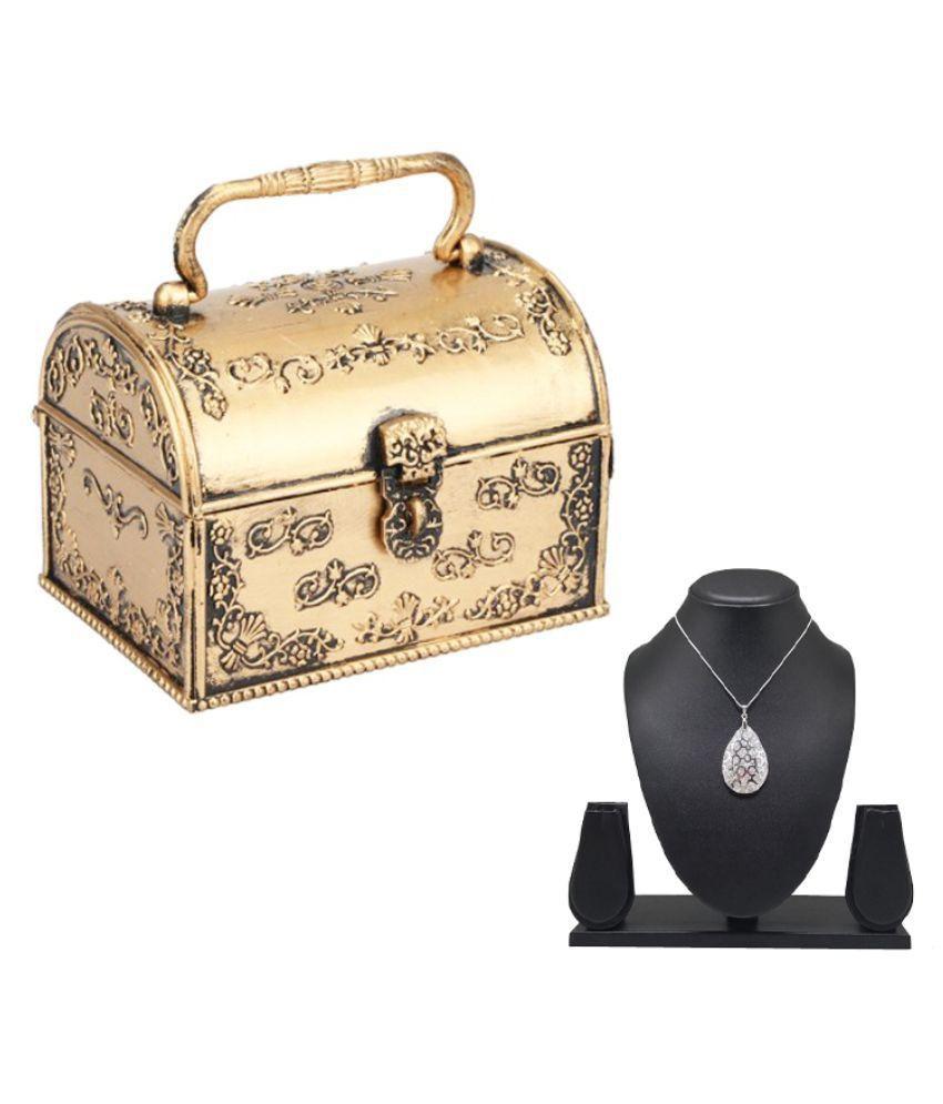 Tuelip Golden Jewellery Box