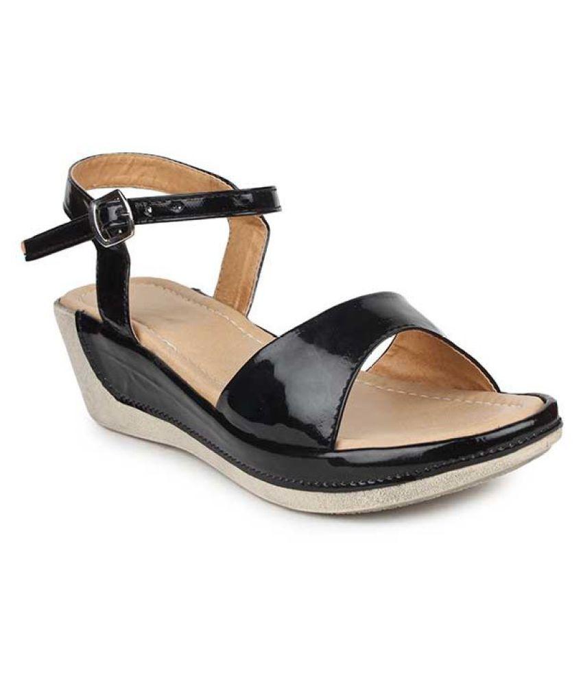 Right Steps Black Wedges Heels