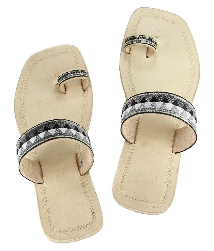 Ekolhapuri Multi Color Block Ethnic Footwear