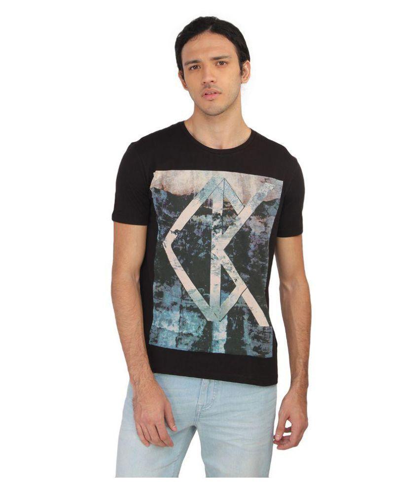Calvin Klein Multi Round T-Shirt