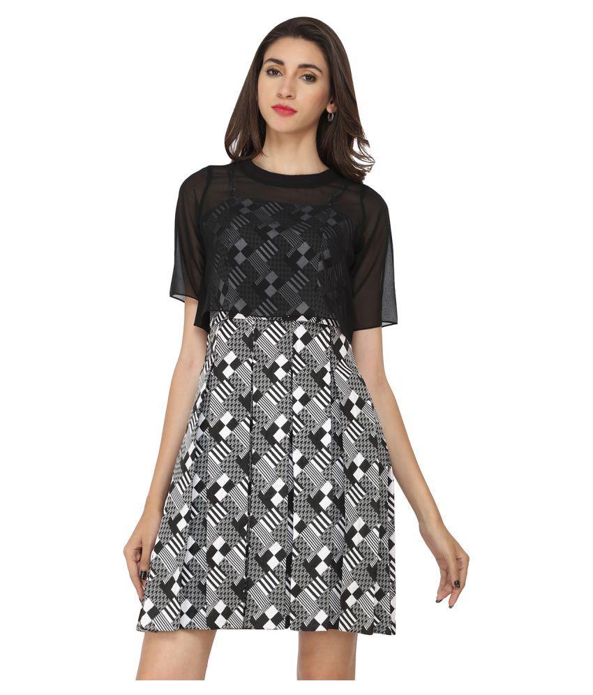 Soie Black Georgette Dresses