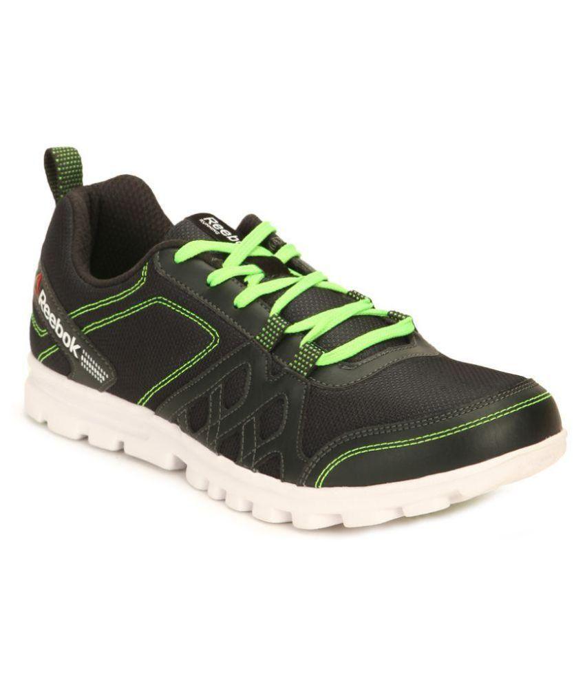 5b755d1dc4ae Reebok REEBOK SHOES RUN FUSION 2.0 Black Running Shoes - Buy Reebok REEBOK  SHOES RUN FUSION 2.0 Black Running Shoes Online at Best Prices in India on  ...