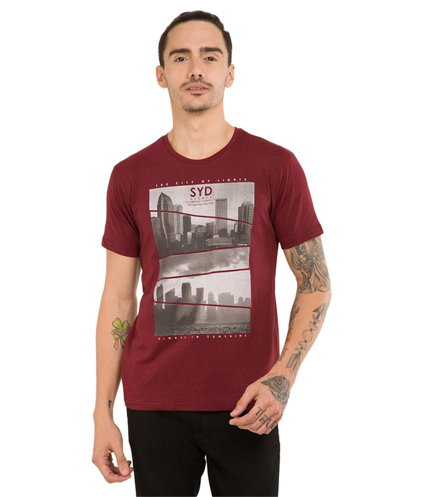 Locomotive Maroon Round T-Shirt