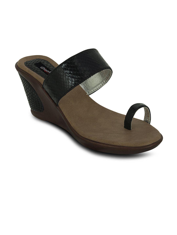 Gisole Black Wedges Heels