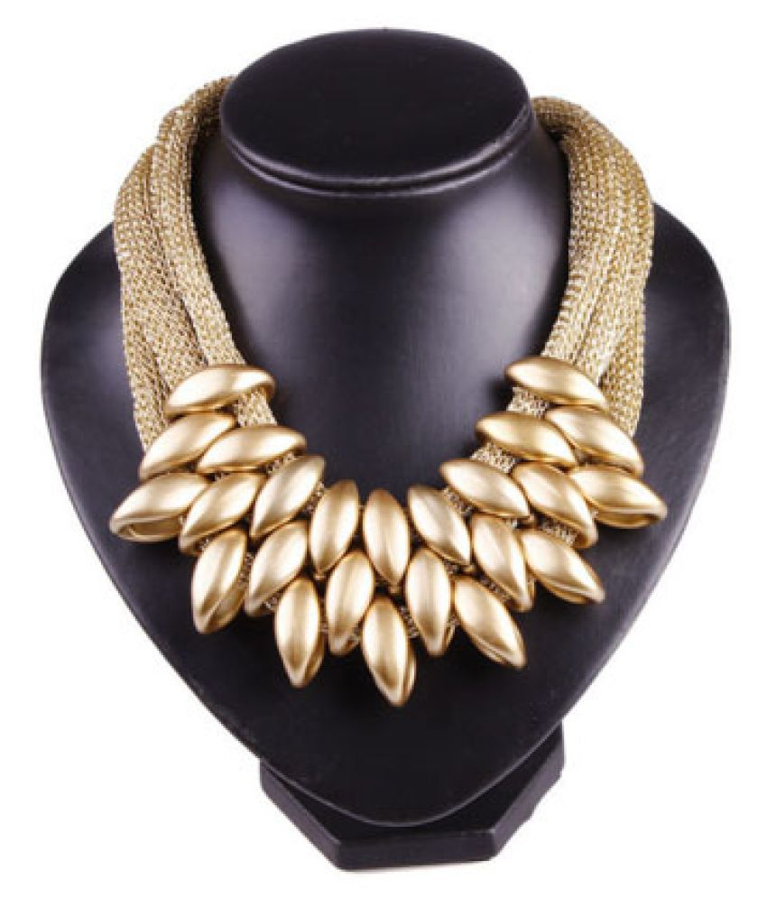 19 Likes Chunky Golden Leaves Necklace