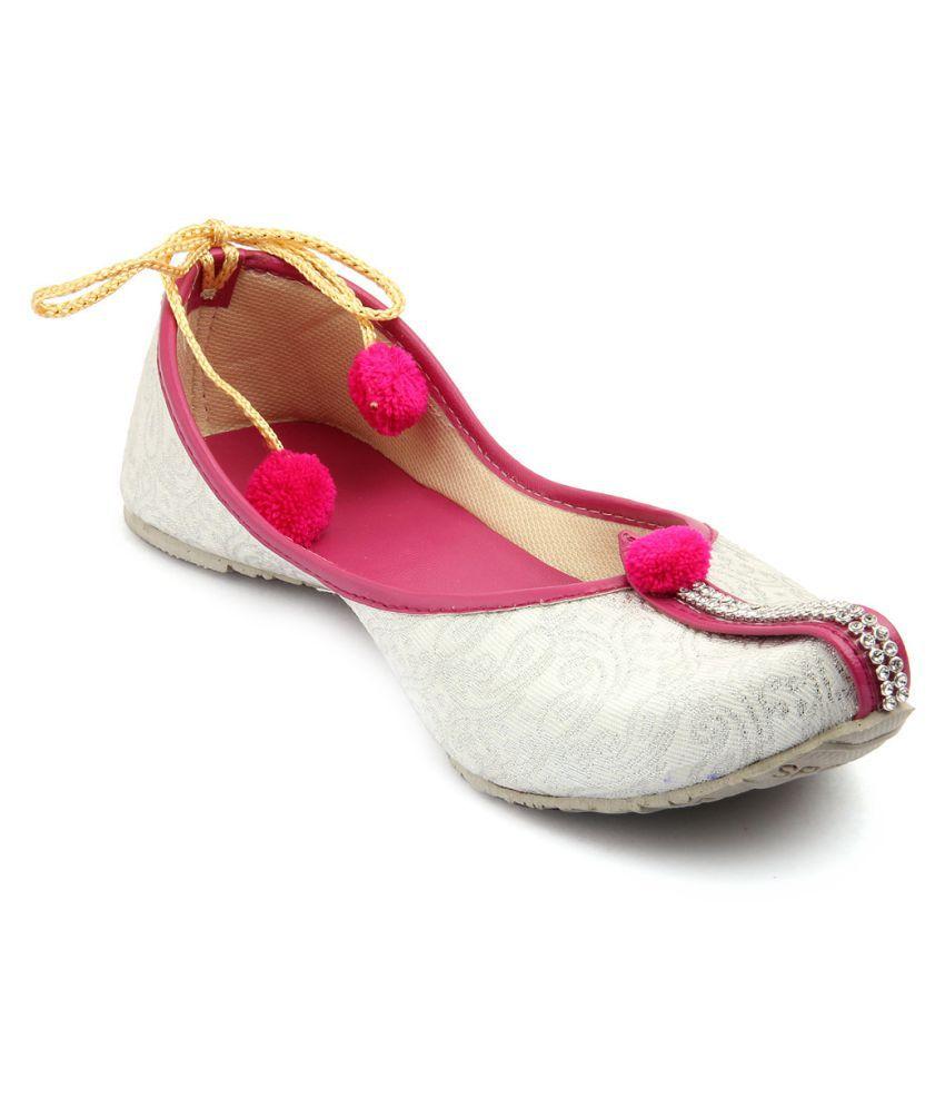 Tashi White Flat Ethnic Footwear