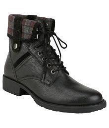 La Briza Black Ankle Length Combat Boots