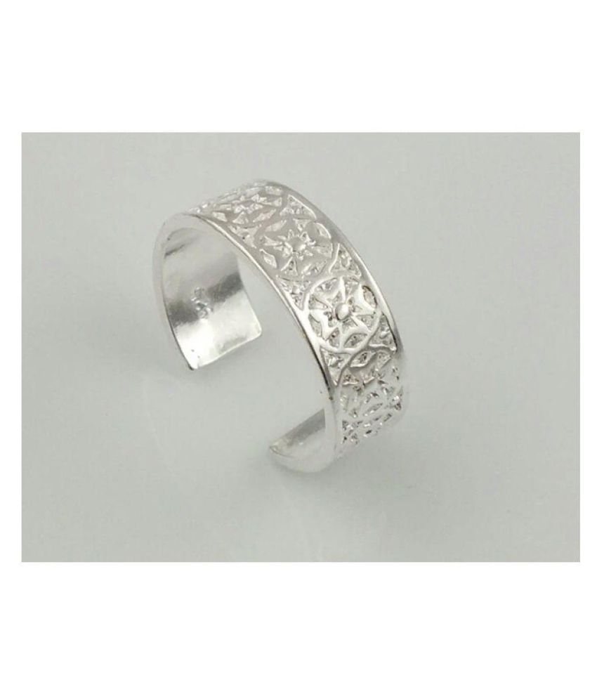 Stay Beautiful 92.5 Sterling Silver Designer Toe Ring