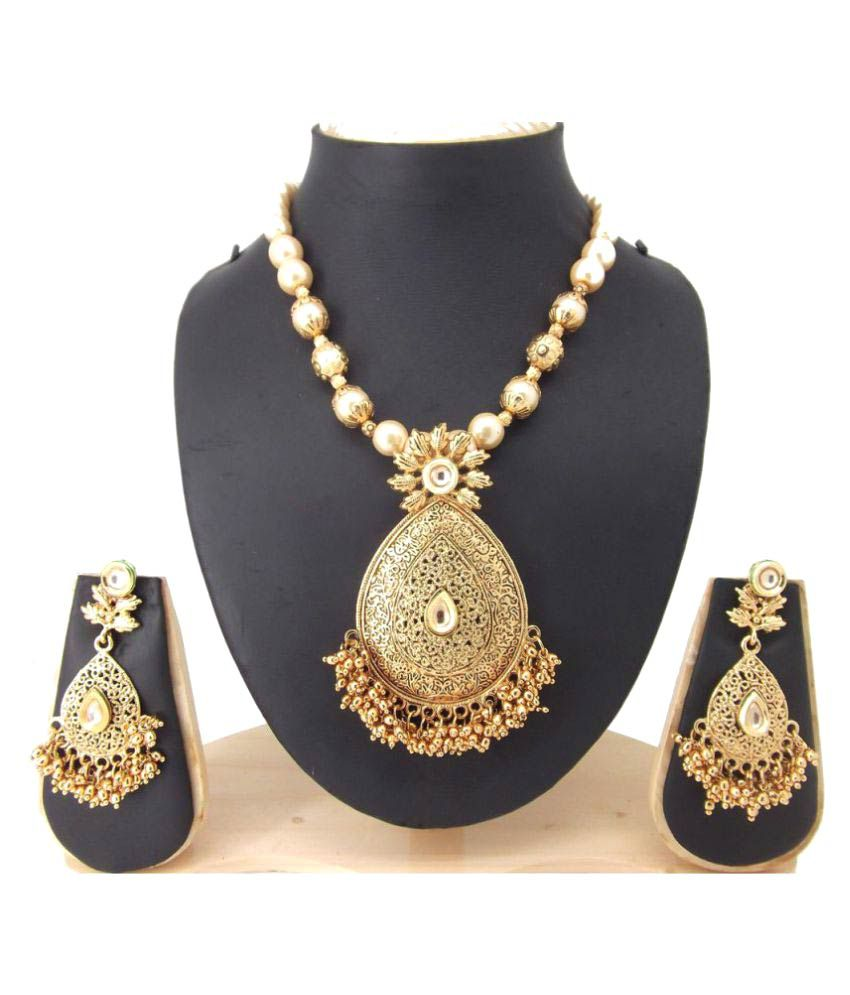 Biyu Antique Colletion Filigree Work Small Gold Beads Pearl Kundan Gold Plated Necklace Set