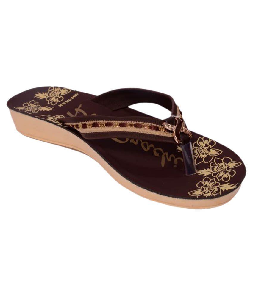 PU-Prachi Brown Slippers
