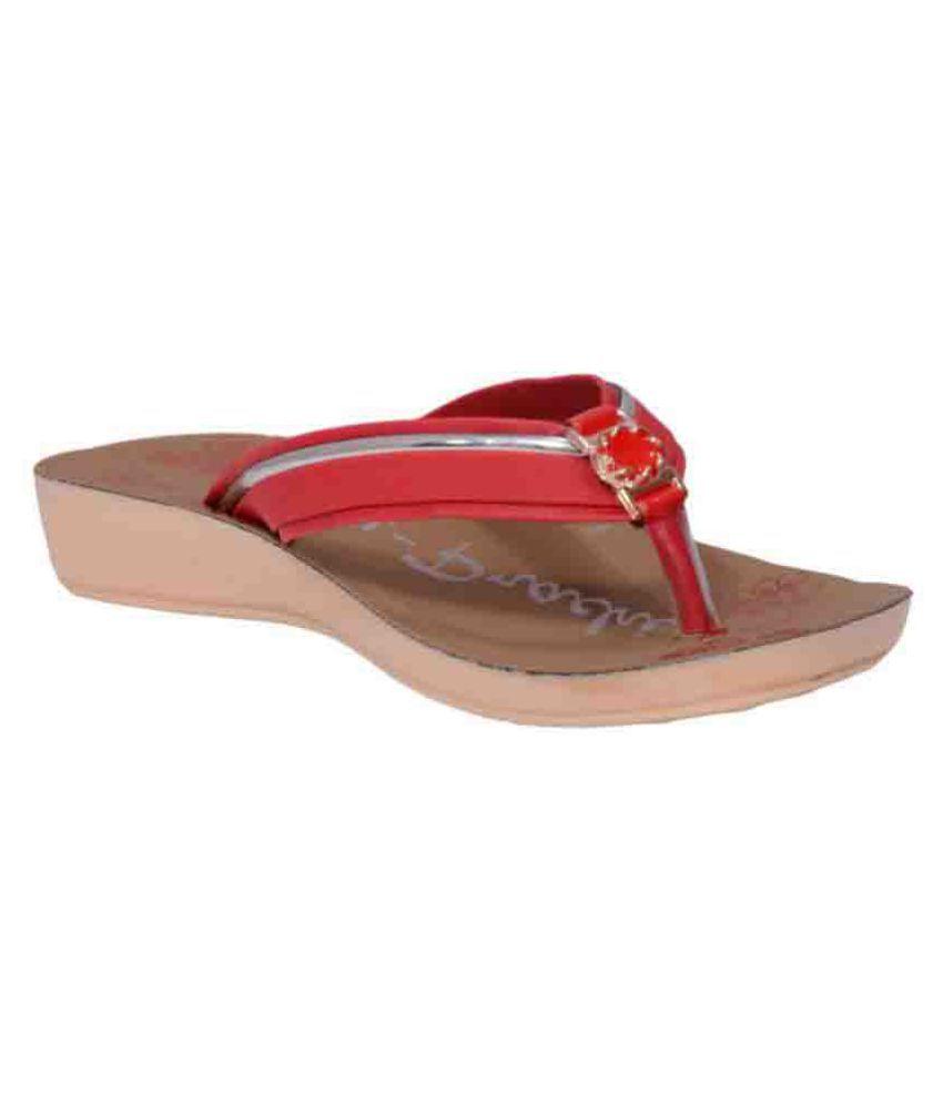 Pu-Prachi Red Slippers