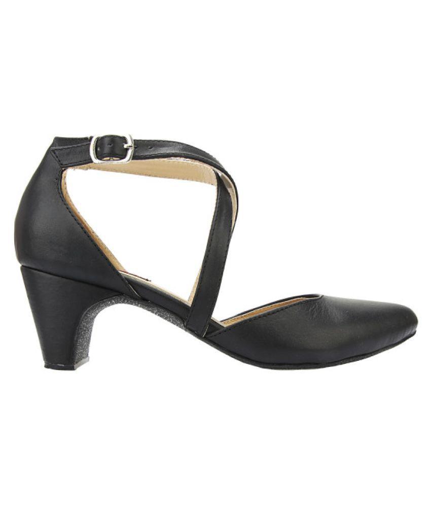Zaple Black Heels