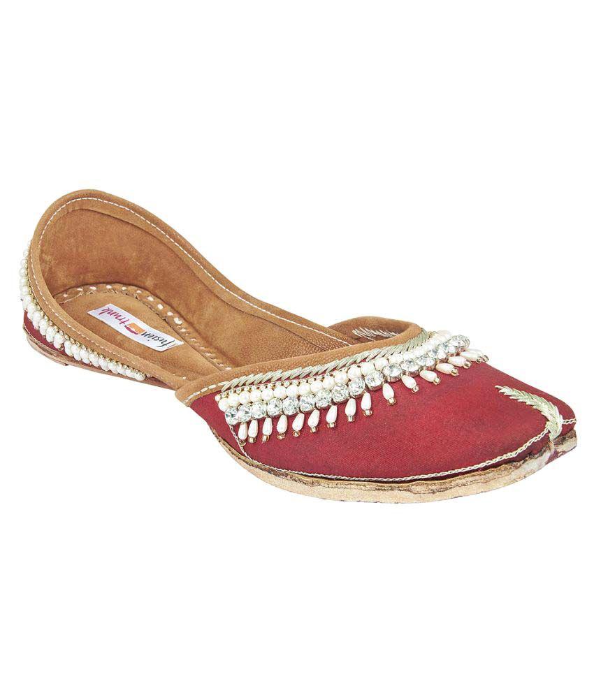 Fusion Trunk Red Flat Ethnic Footwear
