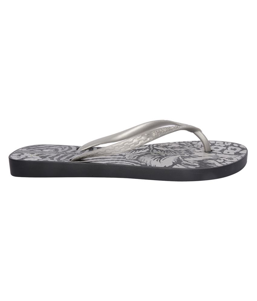 Ipanema Gray Slippers