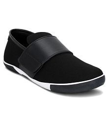 Gisole Sneakers Black Casual Shoes