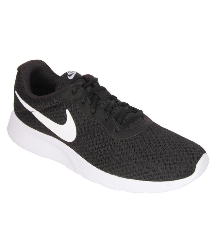 Nike Tanjun Sneakers Black Casual Shoes - Buy Nike Tanjun ...