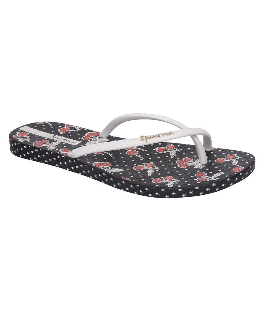 Ipanema White Slippers