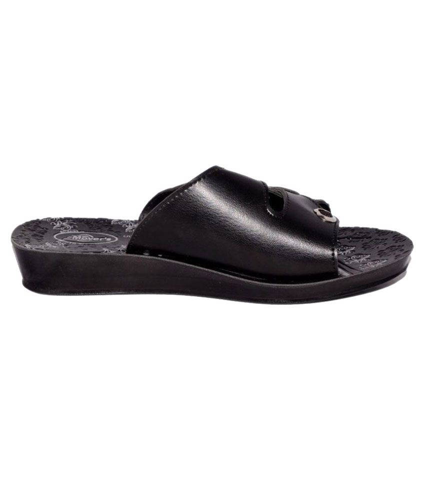 Movers Black Slippers