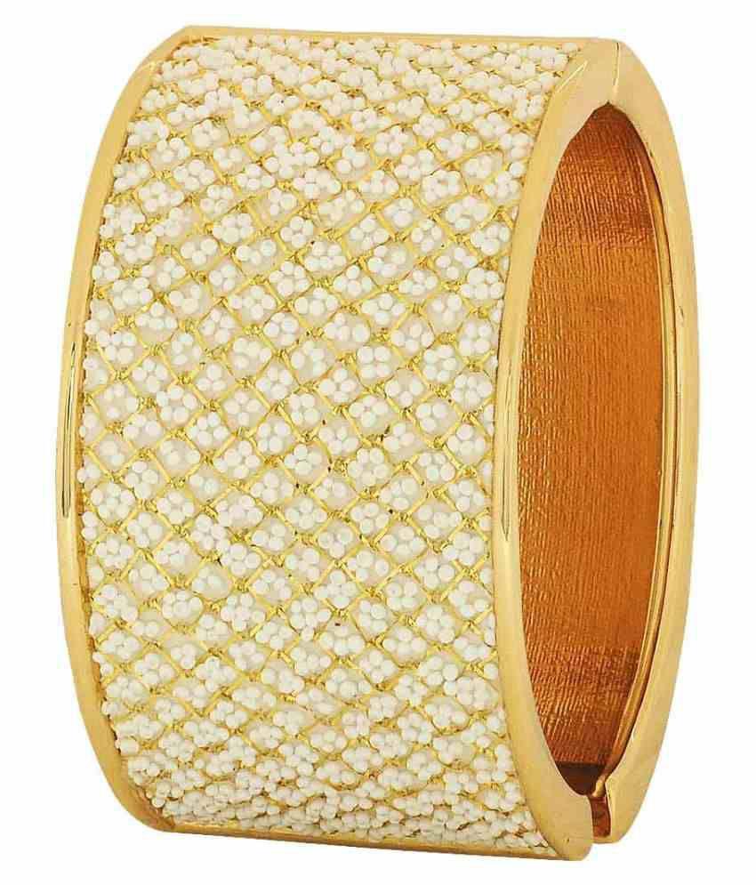 Maayra Brass Golden Adjustable Size Wedding Bangle
