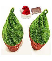 Ghasitaram Gifts Set Of 2 Cupcakes Hanging With Christmas Chocolate Bar